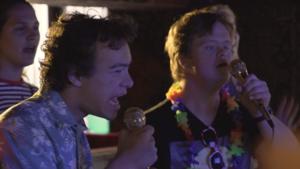 Video   Karaoke groot succes bij Down met Dolly