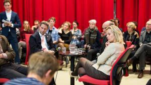 Minister Bussemaker: 'Ik neem het referendum heel serieus'