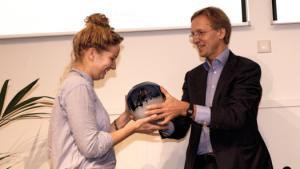 Eerste Robbert Dijkgraaf Essayprijs uitgereikt